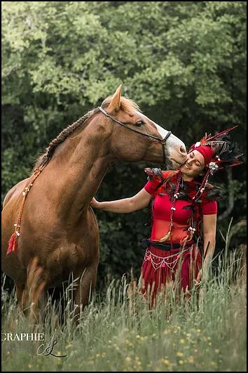 Bisou cheval cavalier